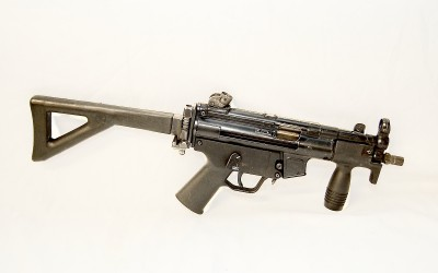 Shoot an MP5K-PDW