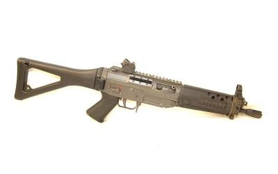 Shoot a Sig 552